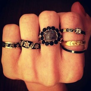 Gawker - Love after Death: The Beautiful, Macabre World of Mourning Jewelry