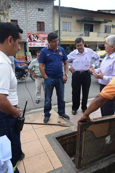 portalxv,com | GAD de Mocache y Cnel Inspeccionan trabajos de Subterramiento del cableado eléctrico en Regeneración