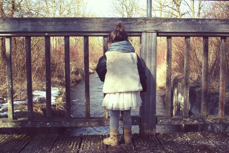 www.dziewczynkazguzikiem.com #girl #littlegirl #fashion #fashionkids #photography