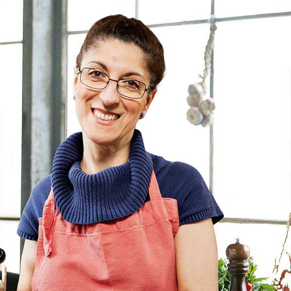 Ida Bruzzone Bjørnstrøm. Ida er opkaldt efter sin mormor og født i Genova, som er en havneby i Norditalien. Ida har en særlig passion for pasta, og har indtil for nyligt haft sin egen pastabutik med hjemmelavet frisk ravioli, fettucine, bolognesesauce mm.