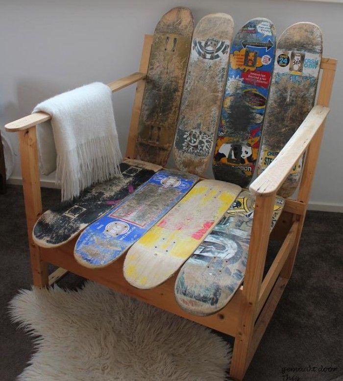 Geweldige stoel gemaakt van oude skateboards  door Thijs