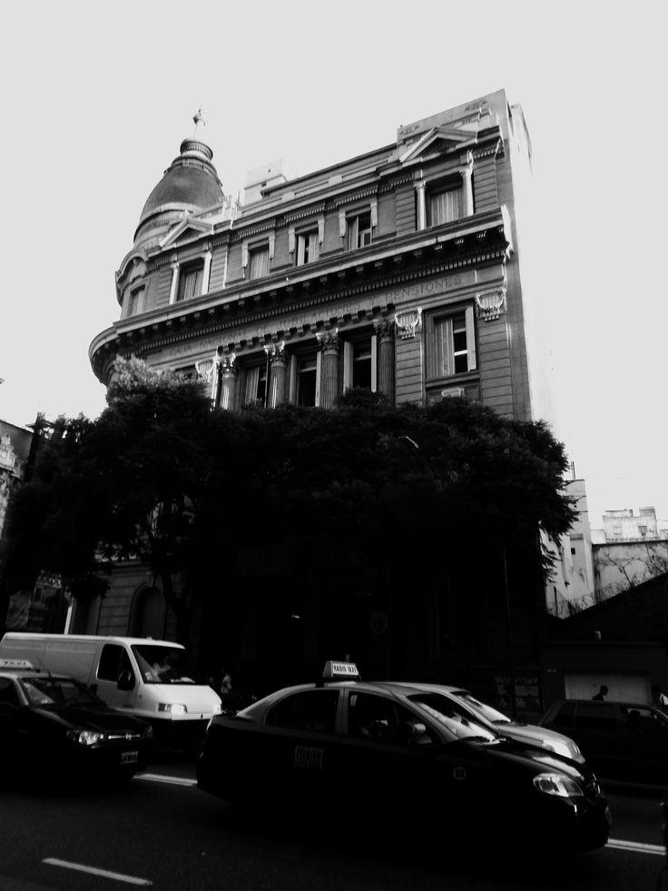 https://flic.kr/s/aHskC62nus | Caja Nacional de Jubilaciones y Pensiones, Balvanera, Buenos Aires | Caja Nacional de Jubilaciones y Pensiones, Balvanera, Buenos Aires