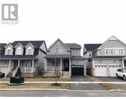 793 MILLER PARK Avenue , Bradford West Gwillimbury, Ontario  L3Z0L8