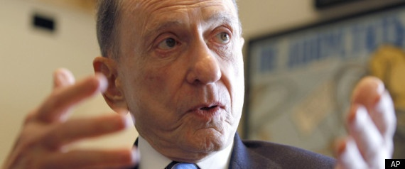 WASHINGTON -- In his new memoir, Arlen Specter, the moderate Republican senator from Pennsylvania who famously switched to the Democratic Party in 2009, decries the partisanship and extremism in modern politics.