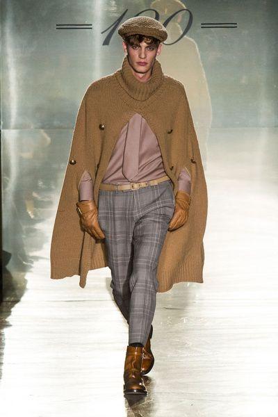 MMU F/W 2014-15 – Daks See all the catwalk on: http://www.bookmoda.com/sfilate/mmu-fw-2014-15-daks/ #milan #fall #winter #catwalk #menfashion #man #fashion #style #look #collection #MMU