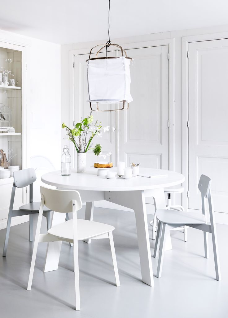 White Dining Room Table: White Dining Room With White Vtwonen Furniture, Dining