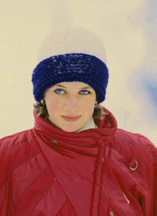 Diana skiing. Her eyes are stunning in this picture. *m