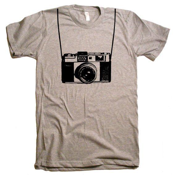 Mens / Unisex Vintage Camera T Shirt tee - American Apparel Tshirt - XS S M L XL XXL (28 Color Options) $20.00 @taylorherian