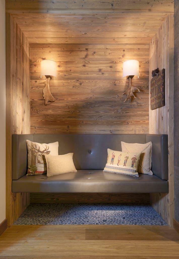 Finde landhausstil Flur, Diele & Treppenhaus Designs: Hotel Arlberg Jagdhaus. Entdecke die schönsten Bilder zur Inspiration für die Gestaltung deines Traumhauses.