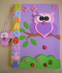 cuadernos forrados en foami cupcakes . Cuadernos infantiles. Carátulas para prescolares