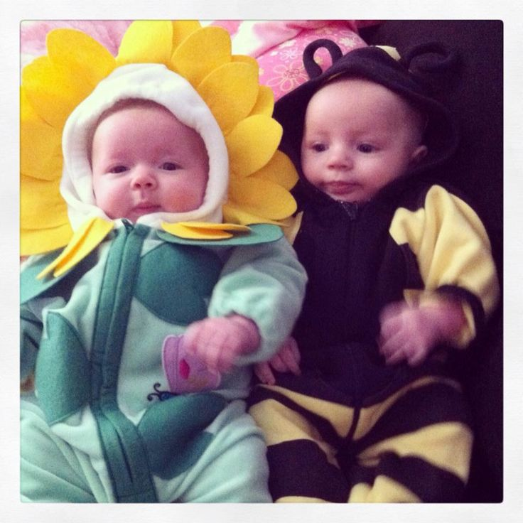 Picture Ideas With Twins: 25+ Best Ideas About Twins Halloween Costumes On Pinterest