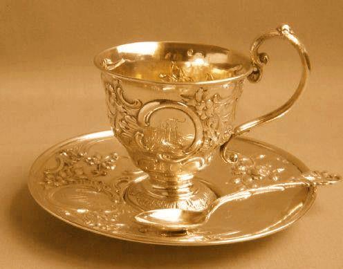 Luxurious tea set