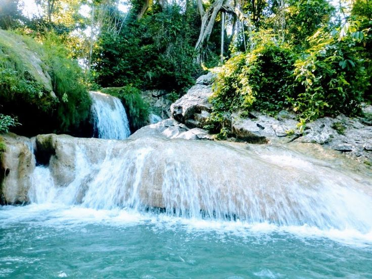 Tropical Cuban Holiday in Soroa Tour Accommodation Nature Park Holiday Ferien Touren Excursiones Vacation