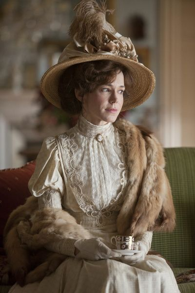Rose Selfridge - Frances O'Connor in Mr Selfridge.