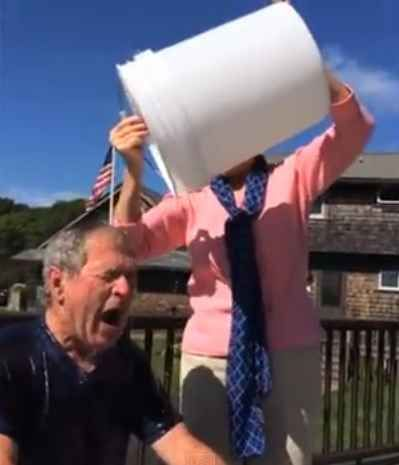 """GEORGE BUSH DID THE ALS ICE BUCKET CHALLENGE He also nominated Bill Clinton. """"Yesterday was Bill's birthday and my present to Bill is a bucket of ice water."""""""