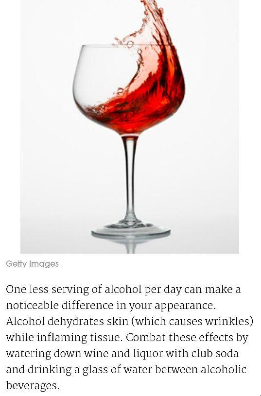 alcohol dehydrates skin