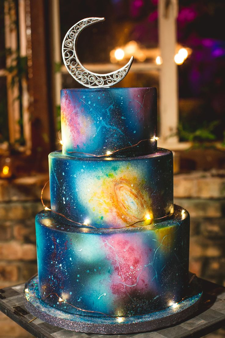 Eclectic galaxy print wedding cake, astronomy theme, moon cake topper // Creatrix Photography