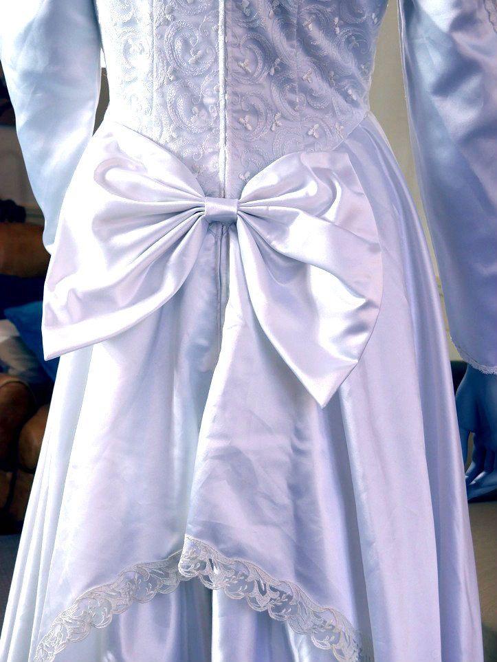 European Vintage Wedding Dress, White Long-Sleeve Bridal Gown, 1980s Wedding Dress, Retro Wedding: Size 8 US, Sizer 12 UK by YouLookAmazing on Etsy
