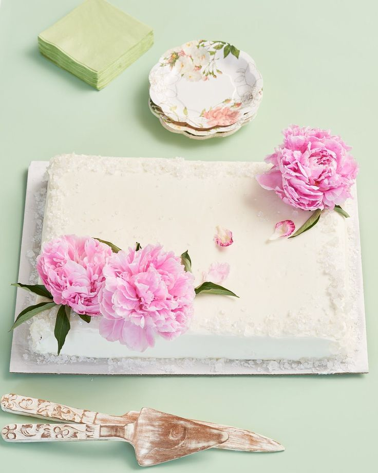 3 Ways to Turn a Grocery Store Cake into a Wedding Cake — Wedding Cake