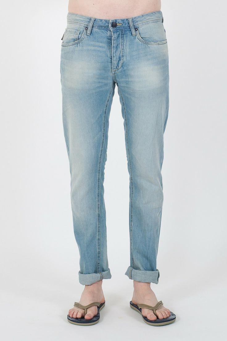 #Jeans da #uomo Original by #Jack&Jones.  - Lavaggio Delave' - Super light - Vita Media - Vestibilità Slim fit - 100% Cotone - Lavaggio 40°C