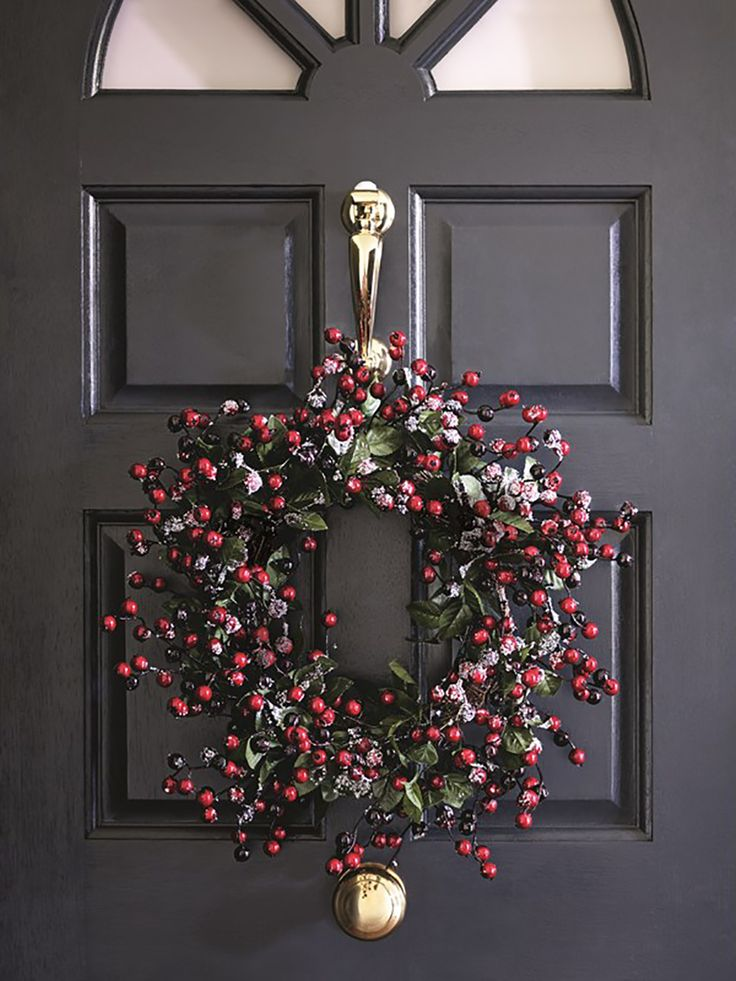 Add a traditional touch to your Christmas proceedings with a wreath for an instant festive feel.