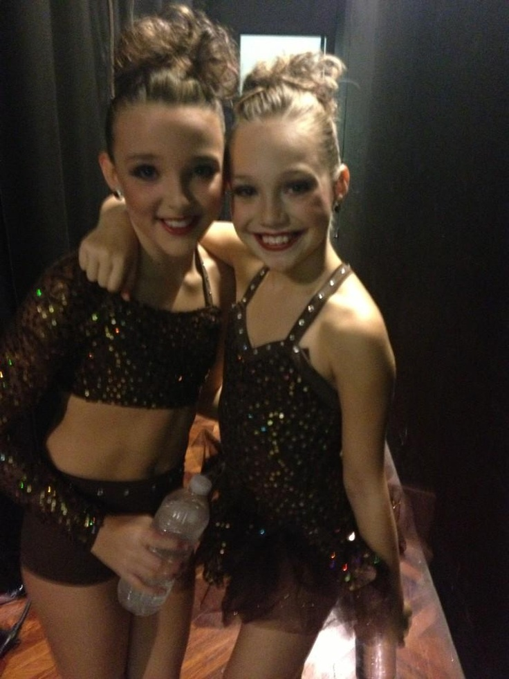 Dance Moms Kendall Vertes and Maddie Ziegler