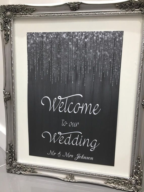 Perfect sign to welcome guests to your wedding from my new range of Glam prints! Choose from design 1 or 2.  Printed onto 300gsm high quality card, using a digital printer for the best quality & chalk effect. (Frame not included) Available in 2 different sizes A3 Size Chalk effect