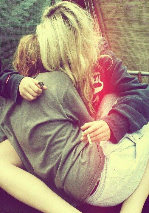 #lesbian love#lesbian kiss lesloving.com