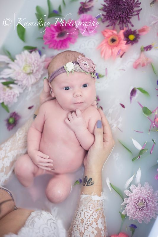 Newborn milkbath, maternity milk bath session Kamikay Photography - Blog