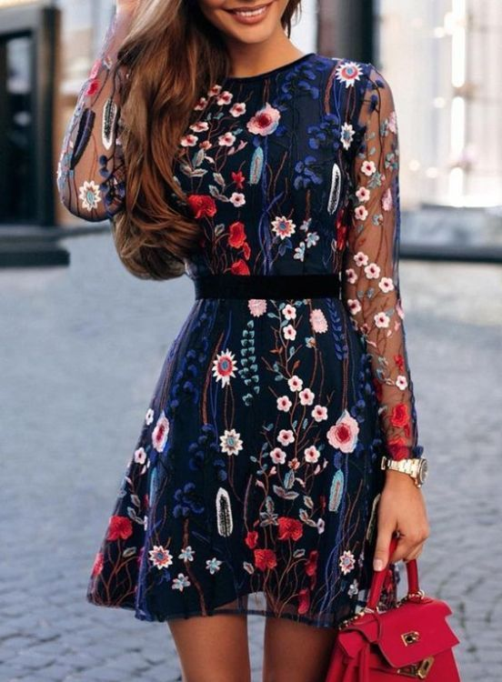 Gorgeous Fall Wedding Guest Outfits 17