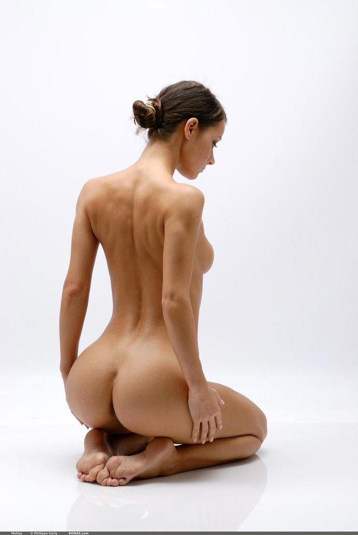 half-nude-poses-amateur-video-secret