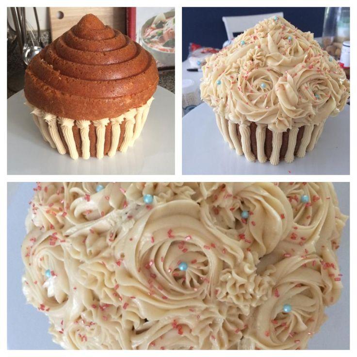 Giant cupcake pan review cupcake pans wilton tips and