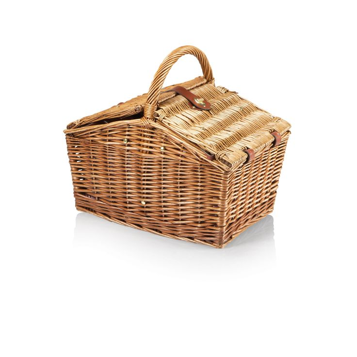 The Piccadilly Picnic Basket is reminiscent of simpler times, when picnics were grand affairs and life's pace afforded you the time to enjoy them to the fullest.