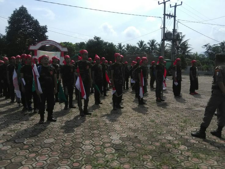 Gelar Diklatsar Banser, GP Ansor Cianjur Ngawangun Lembur