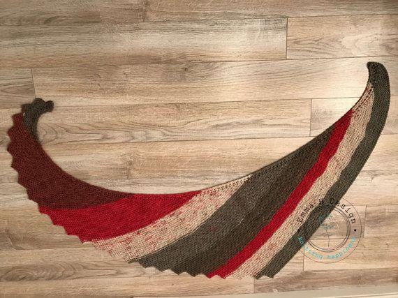 Châle/Foulard rayé, coloré, tricoté main, pour nous réchauffer en toute saison par EmmaHDesign