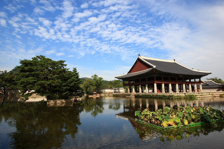 The Gyeonghoeru Pavilion in Gyeongbokgung Palace.