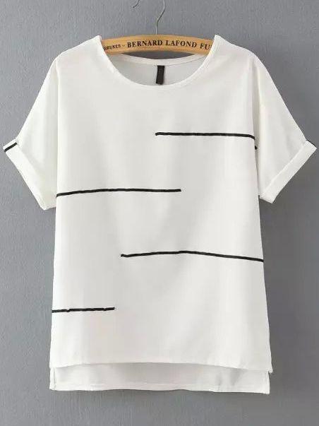 Idea para adornar una camiseta básica.