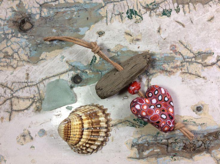 Schlüsselanhänger - Treibholz Schlüsselanhänger mit Herz - ein Designerstück von Herz-liches bei DaWanda