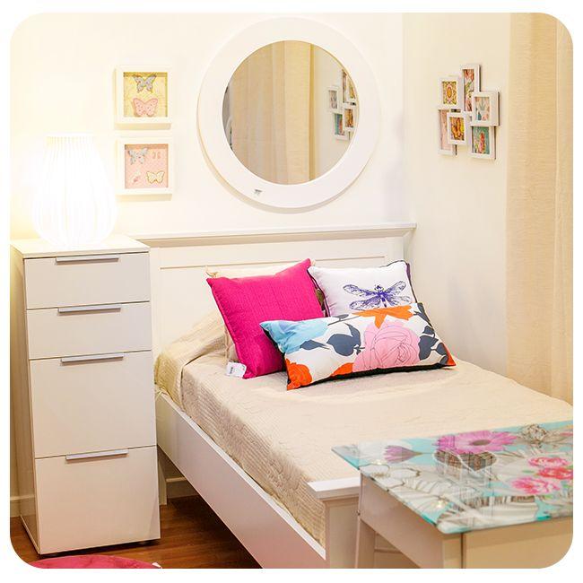 #Dormitorio #Magenta #Flores #Niña