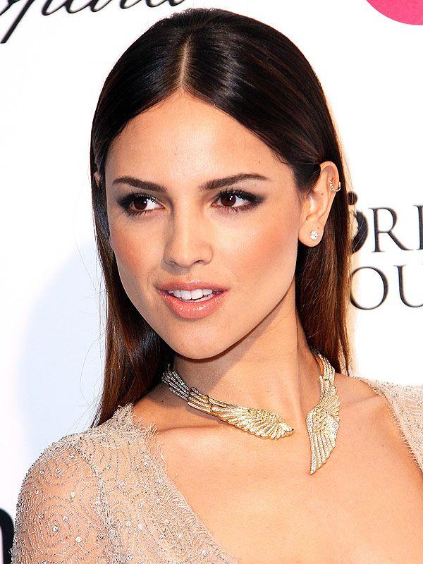 Eiza Gonzalez Neutrogena