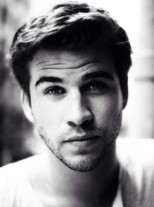 Liam Hemsworth beautiful