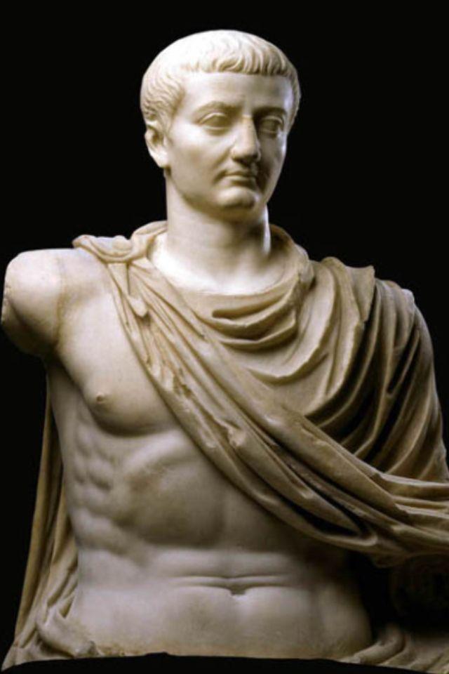 TIBERIO. Tiberio Claudio Neron, 16 nov 42 AC-16 mar 37. Segundo Emperador de Roma, como Tiberio Julio Cesar Augusto.