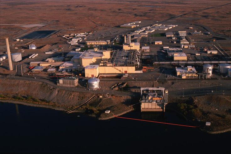 6 November 1944 - Researchers at Hanford Site, Washington, create the first weapons-grade plutonium. Fearing Nazi Germany may be on the verge of creating its own atomic bomb, the US plutonium project was given top priority and secrecy. In reflection of this, only one per cent of the Hanford workers realised they were involved in the development of a nuclear weapon. #HistSci © Roger Ressmeyer/Corbis/VCG via Getty Images