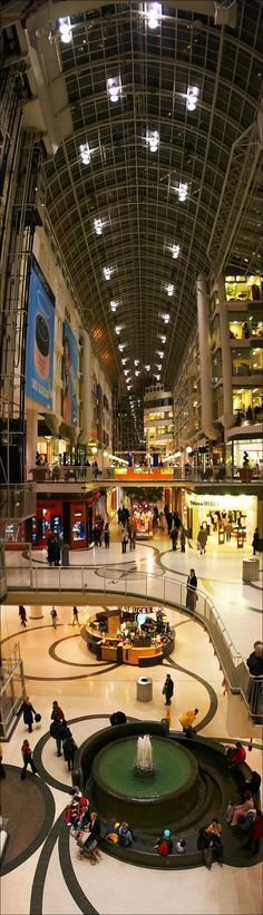 tall eaton centre, southern view || canon 300d/ef-s 18-55 | 1/30s | f4 | ISO 400 | handheld