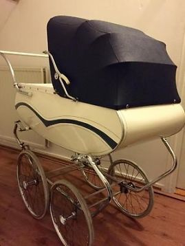 antieke vintage retro kinderwagen van delft this is near. Black Bedroom Furniture Sets. Home Design Ideas