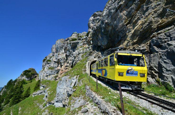 Ein Familienausflug auf den Wendelstein - Eine Fahrt mit der ältesten Zahnradbahn, der Besuch einer aufregende Schauhöhle & Sternwarte