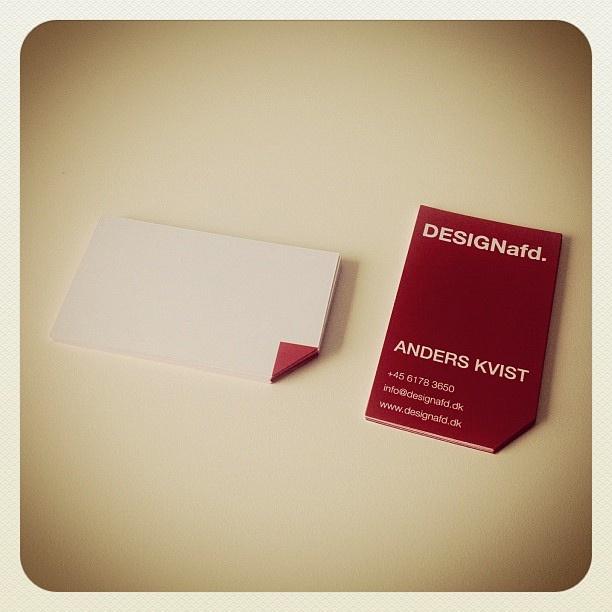 Så er der en ny stak visitkort, lige til at dele ud af. #designafd #businesscard by Designafd, via Flickr