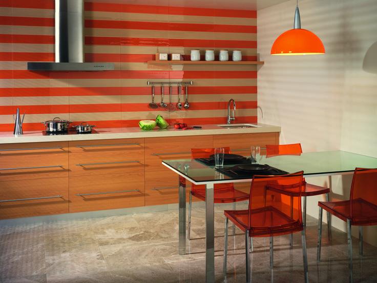 Skap et personlig uttrykk på kjøkkenet med benkeplater i kvartskompositt fra Ellingard Collection! Klikk for mer inspirasjon og info.