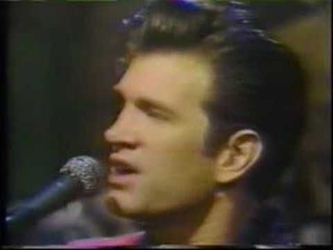 Wicked Games(Chris Isaak)  The world was on fire and no one could save me but you   It's strange what desire will make foolish people do   I'd never dreamed that I'd love somebody like you   I'd never dreamed that I'd lose somebody like you