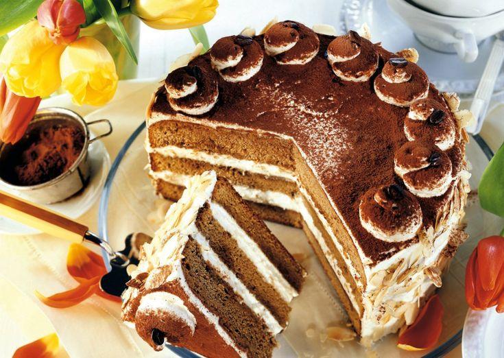 Tort cu cafea şi cremă de coniac   Retete culinare - Romanesti si din Bucataria internationala